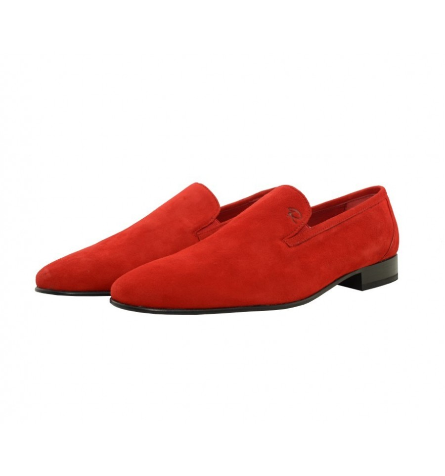 suede shoe with leather sole with injected rubber